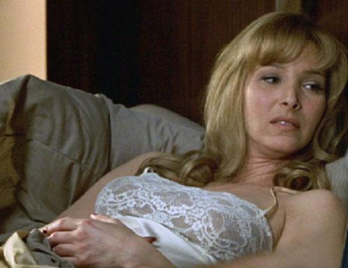 Lisa kudrow naked nude upskirt