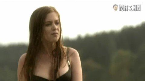 isla-fisher-sex-scene-clip-wedding-crashers-phone-sex-talk