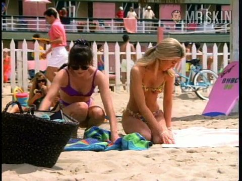 90210 se02 ep26 spelling1 large 3